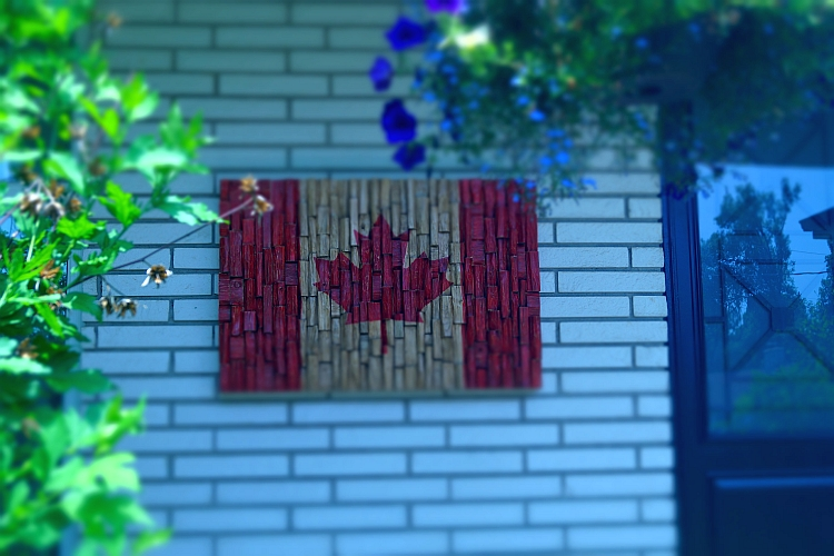 Canadian Flag reclaimed wood, Canadian Flag wood art, Urban Art, Cottage Art, Loft art, Contemporary Wall Art